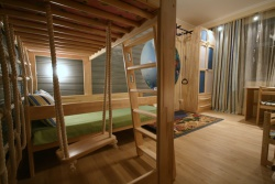 <p><em><strong>Детская комната для мальчика. Ремонт. Элементы - Дерево. </strong></em></p>
