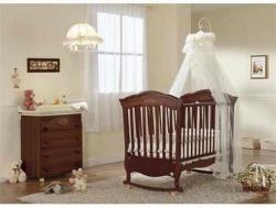 Детская комната для новорожденного мальчика. Цвет кремовый.