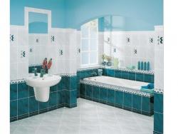 <p><em><strong>Раскладка плитки в ванной комнате.&nbsp; Ремонт и отделка.</strong></em></p>