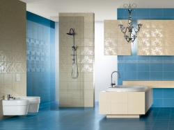 Облицовка стен ванной мозайкой кафелем. Ремонт и отделка ванной.
