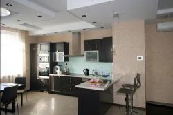 Дизайн кухни с совмещенной с залом. Ремонт и отделка квартир.