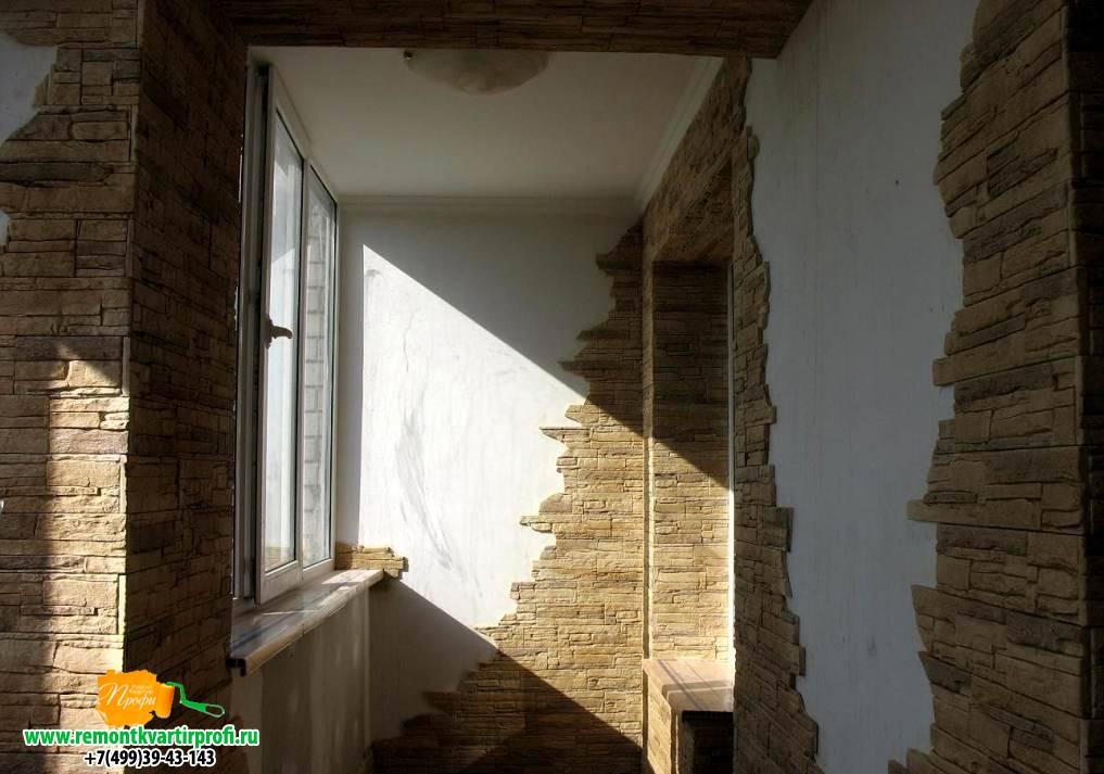 Отделка балкона камнем фото