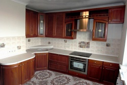 Ремонт и отделка кухни: дизайн совмещенной кухни.