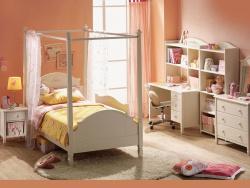 <p><em><strong>Ремонт детской комнаты для девочки.&nbsp;</strong></em></p>
